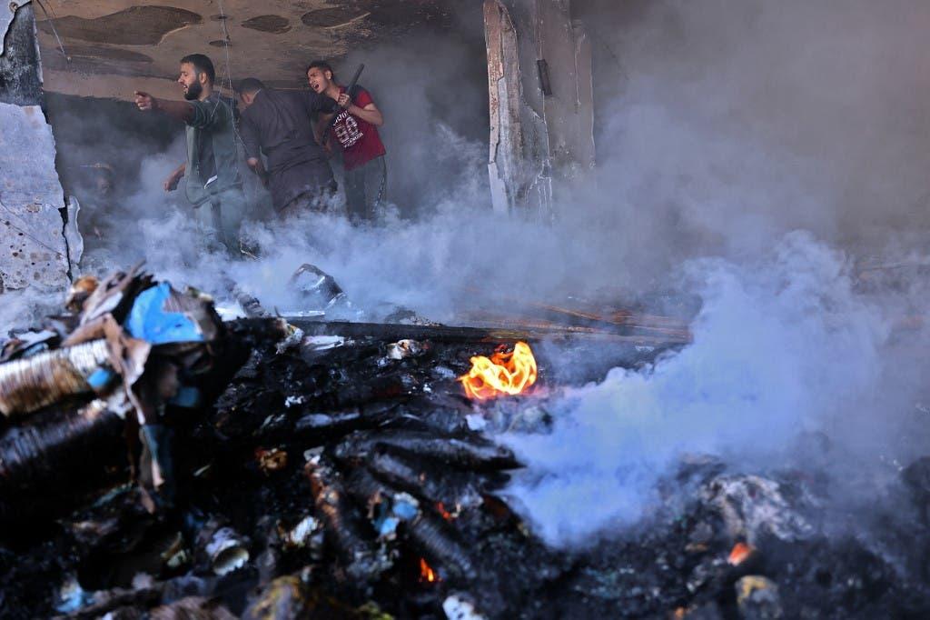 من القصف الإسرائيلي على غزة 15 مايو 2021 (فرانس برس)