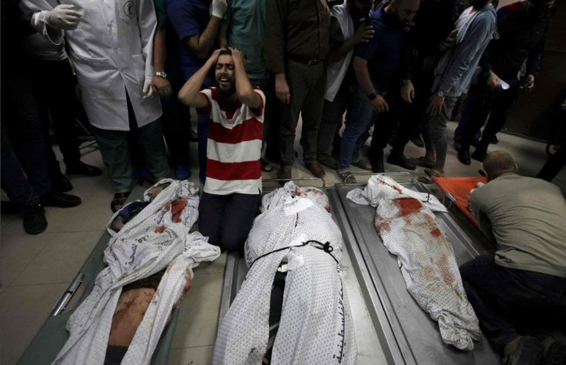 صور متداولة لمقتل عائلة في مخيم الشاطئ بغزة