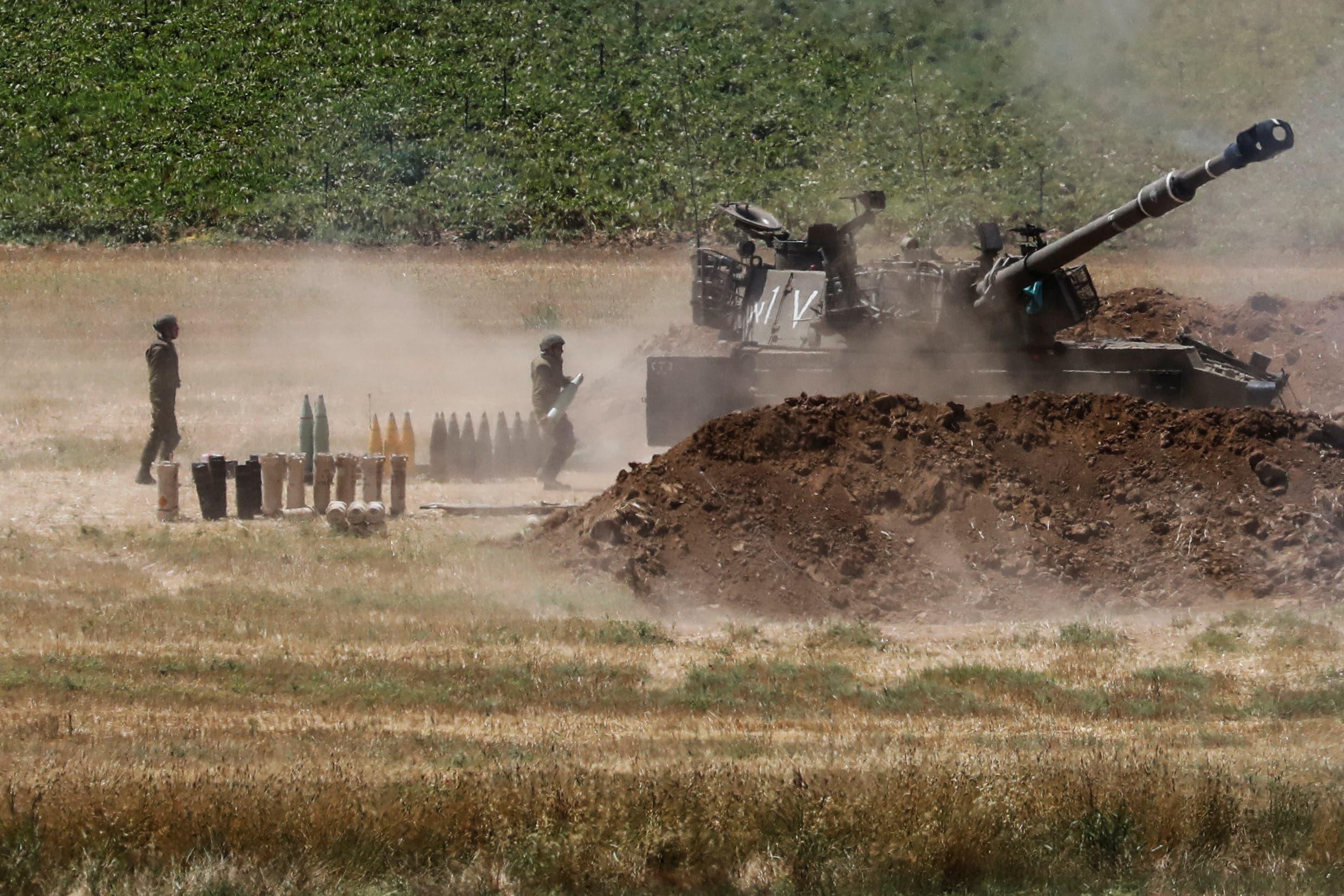 دبابة اسرائيلية على الحدود مع غزة