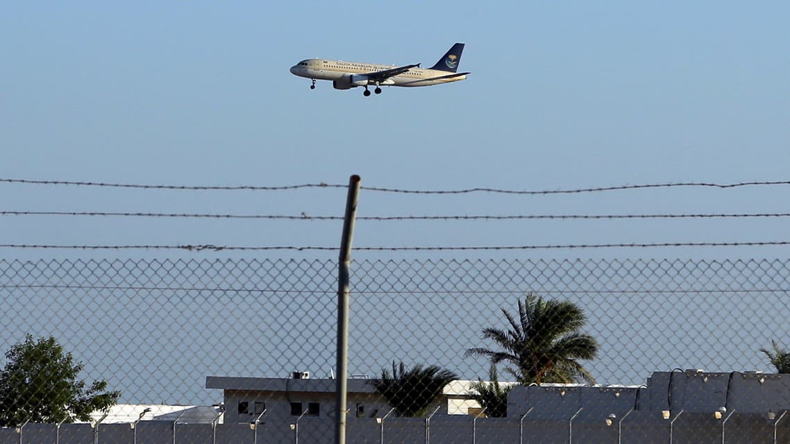 A Saudi airplane arrives at the airport of the Red Sea resort of Sharm el-Sheikh, Egypt November 12, 2015. (Reuters)