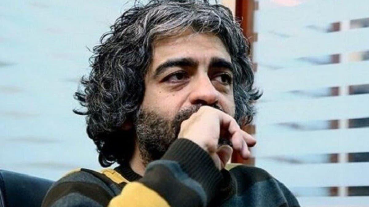 إيراني يمزق ابنه المخرج أشلاء ويرميه بالقمامة!