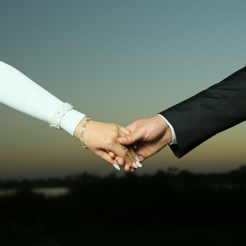 """انتشار زواج """"البارت تايم"""" بمصر.. والإفتاء تحذر: محرم وباطل!"""