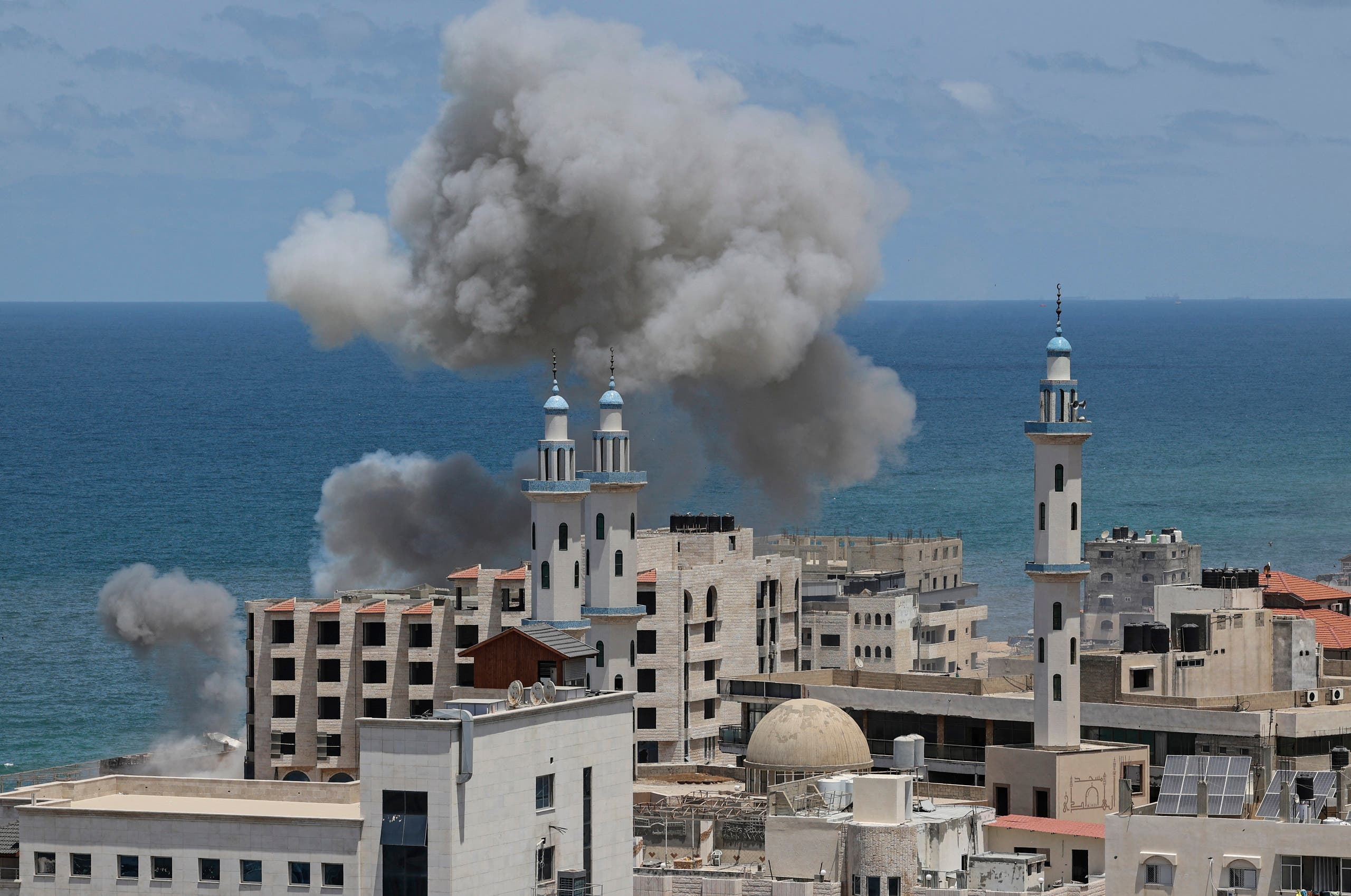 قصف إسرائيلي على غزة