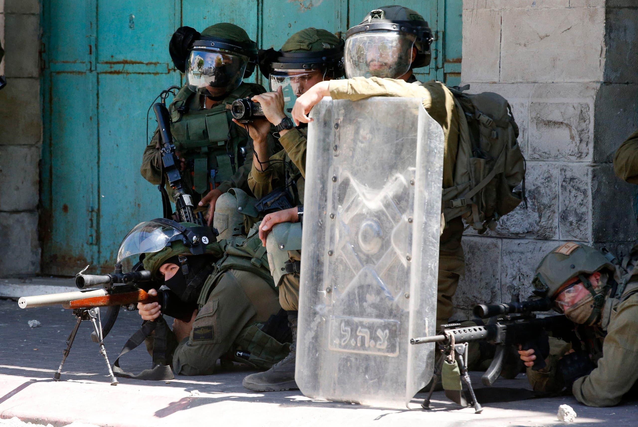 جنود إسرائيليون في الضفة الغربية ( فرانس برس)