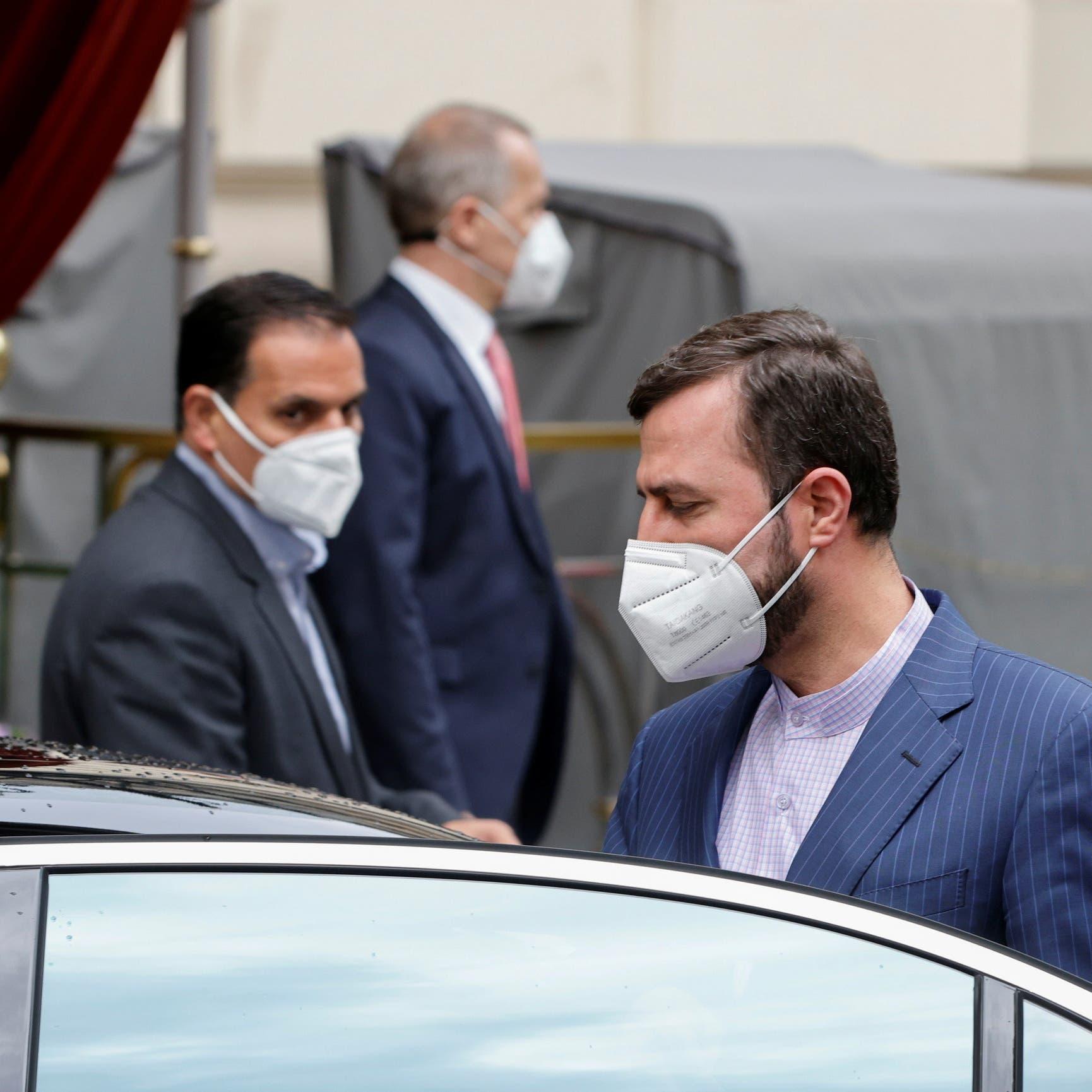 """إيران تماطل.. دبلوماسي يرجح """"مراهنتها على تنازلات غربية"""""""