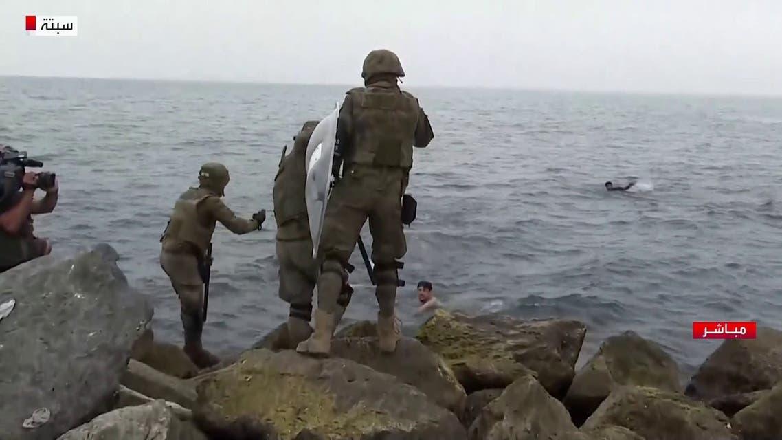 ممكن فيديو سباحة المهاجرين نحو سبتة