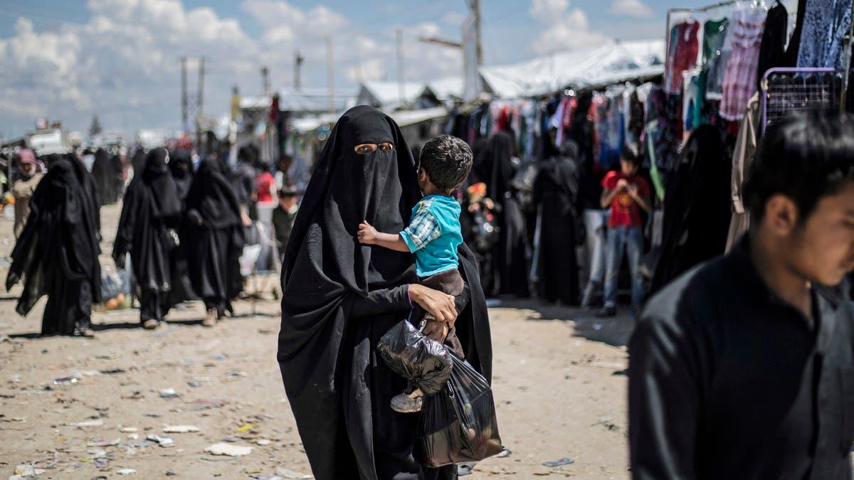 بعد رفض وتمنع.. الدنمارك تعيد عائلات الدواعش من الهول
