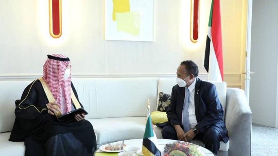 لقاء وزير المالية السعودي ورئيس الوزراء السوداني