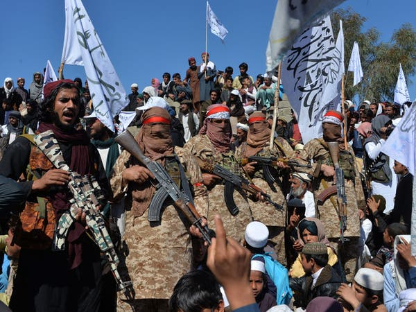 """طالبان تسيطر على معبر """"إسلام قلعة"""" الحدودي مع إيران"""