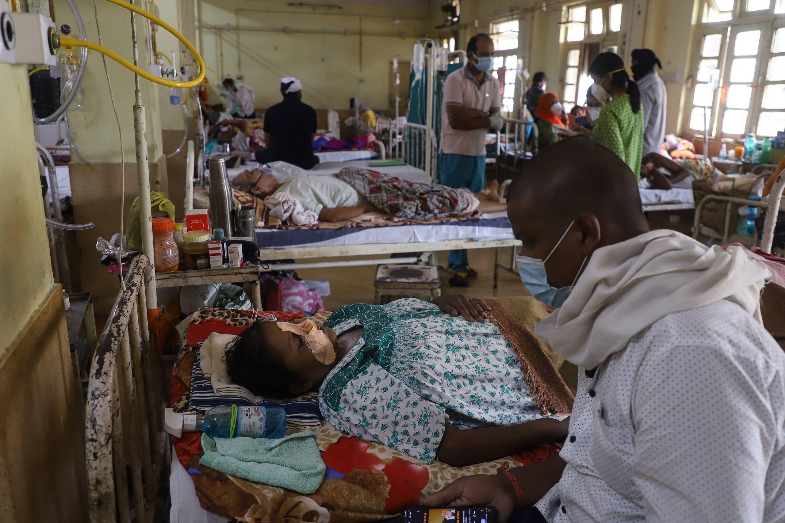 مصابون بالفطر الأسود في مستشفى في جبلبور