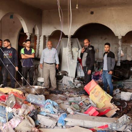 مأساة من مجزرة إسرائيلية.. صاروخ يقتلمُقعدا فلسطينيا وزوجته الحامل وطفلته