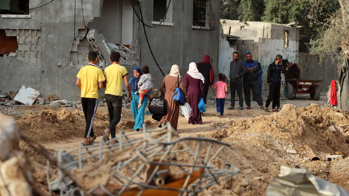 Palestinians return to her neighbourhood hit by Israeli bombardment in Gaza City, after a ceasefire brokered by Egypt between Israel and Hamas, on May 21, 2021. (File photo: AFP)