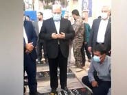 ممثل حماس في طهران يزور قبر سليماني بمدينة كرمان
