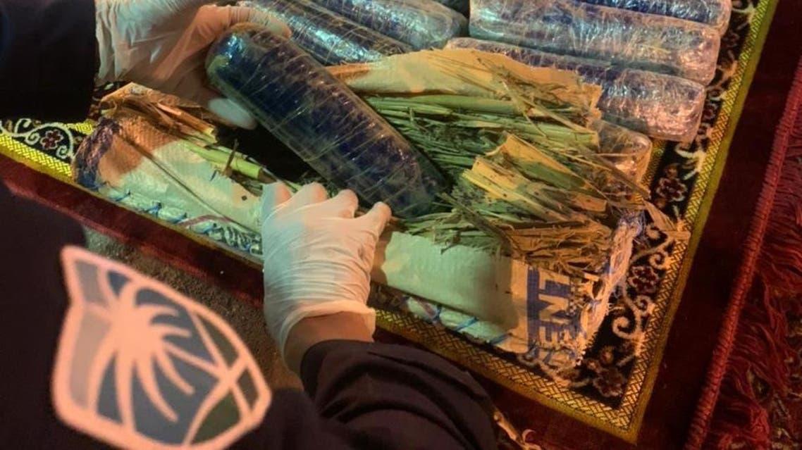 Saudi Arabia's Zakat, Tax and Customs Authority foils two attempts to smuggle 306.5 kilograms of hashish at al-Wadiah Port and Jazan Port. (Saudi Customs)