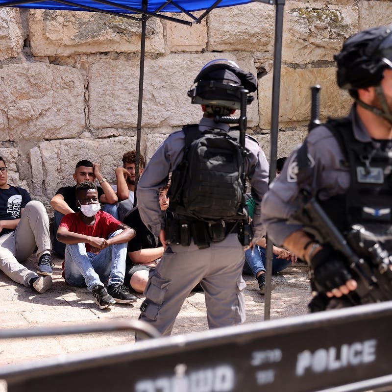 Israeli police escort Jewish settlers in visit to al-Aqsa compound in Jerusalem