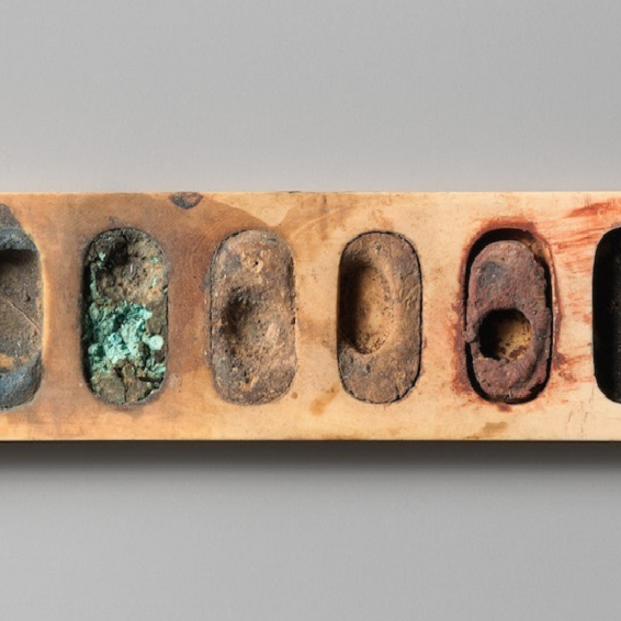 قصة لوحة ألوان كانت لرسام في مصر الفرعونية قبل 3400 عام