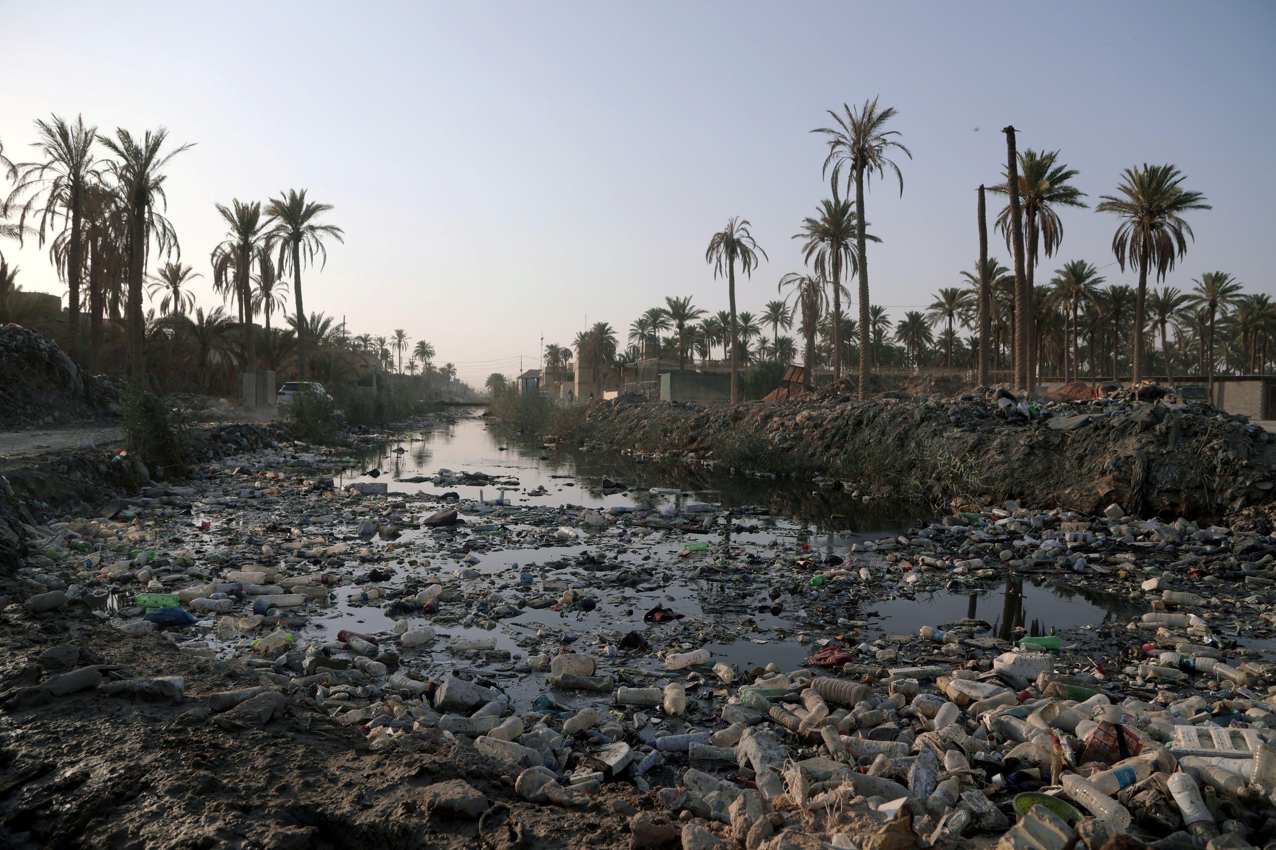 نهر الفرات من الجانب العراقي (رويترز)
