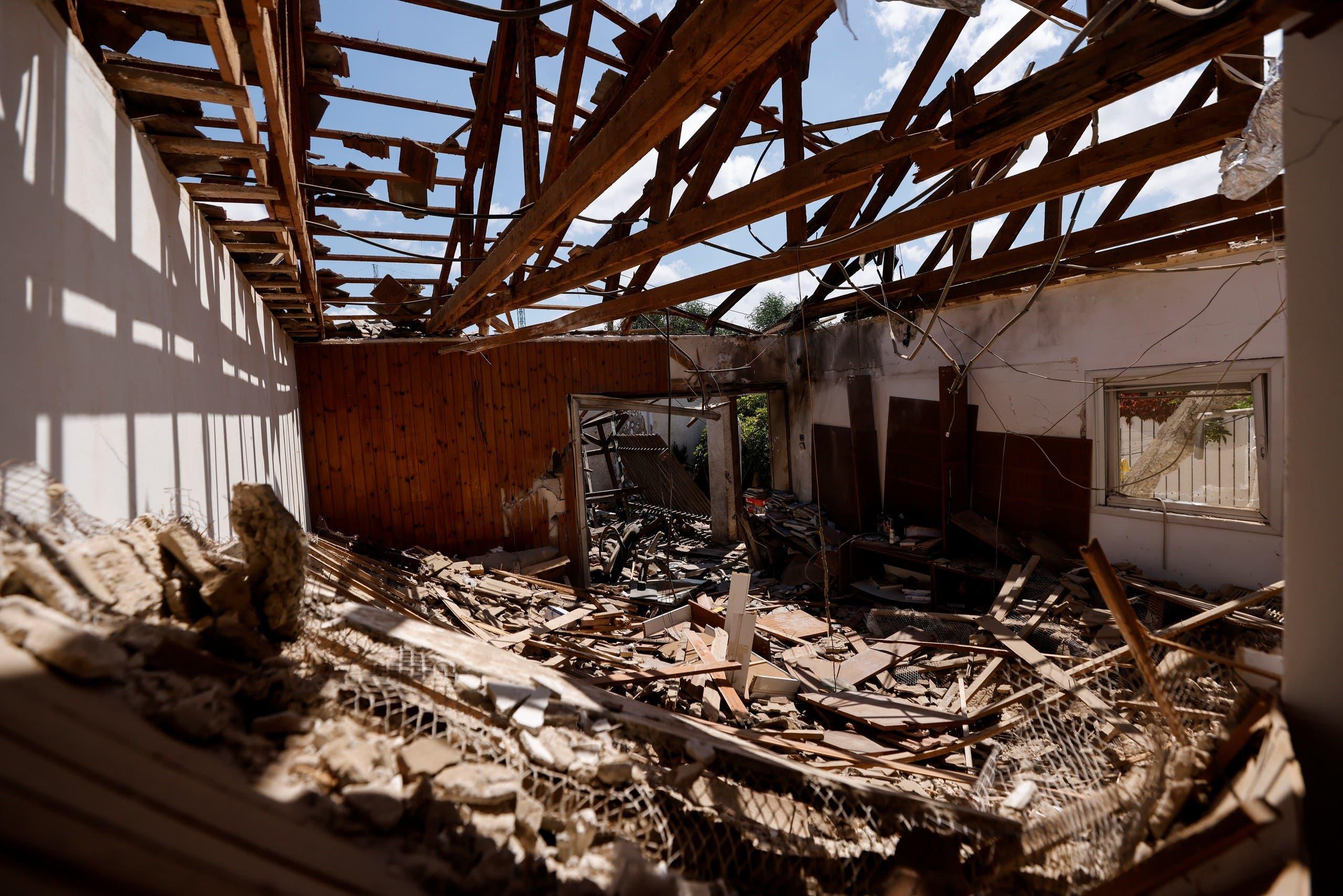 منزل مدمّر في غزة إثر الغارات الإسرائيلية