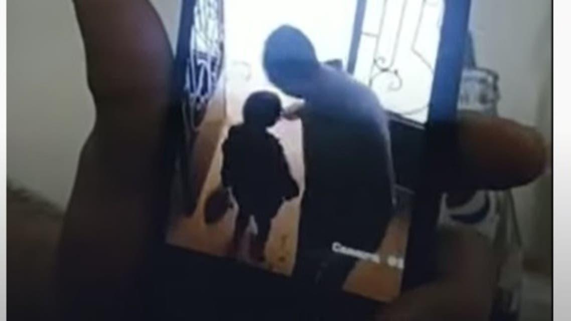 من كاميرا المراقبة التي سجلت حادثة التحرش