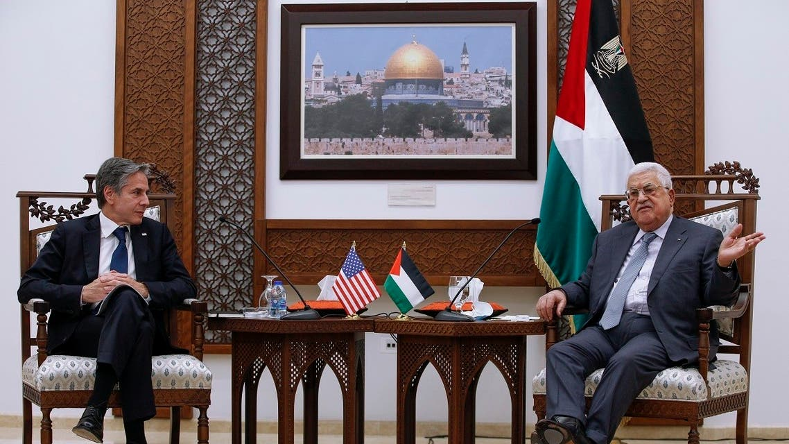 Palestinian President Mahmoud Abbas, right, and US Secretary of State Antony Blinken hold a joint press conference in the West Bank city of Ramallah, May 25, 2021. (AP)