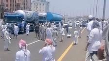 """""""استولوا على مركبات"""".. شرطة عُمان تعتقل العشرات"""