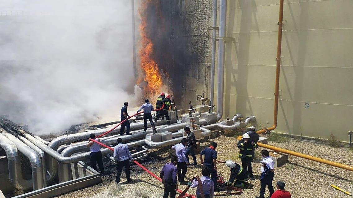 حريق في سمنان بإيران (رويترز)