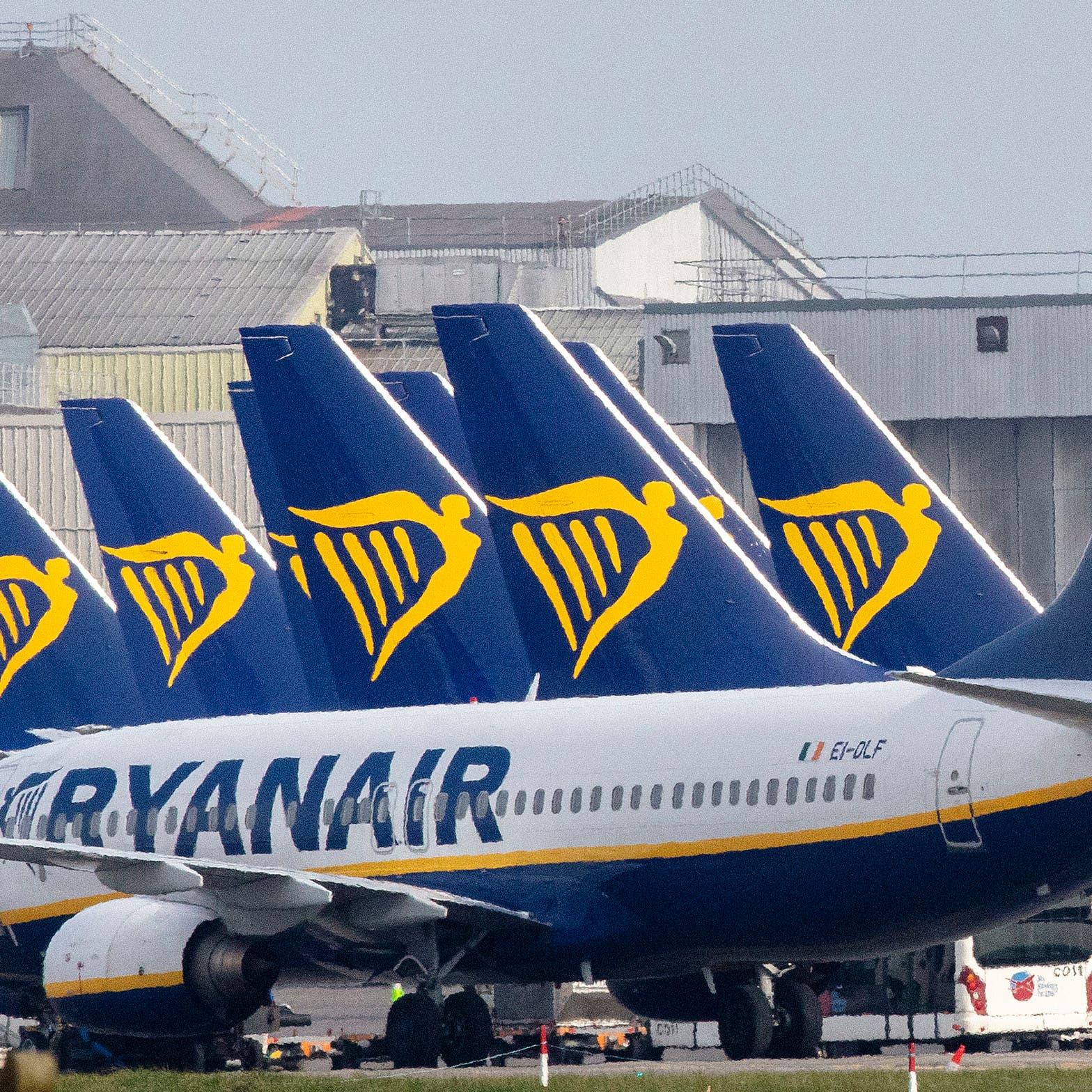 Ryanair تتوقع كبح الخسائر مع انتعاش السفر في أوروبا