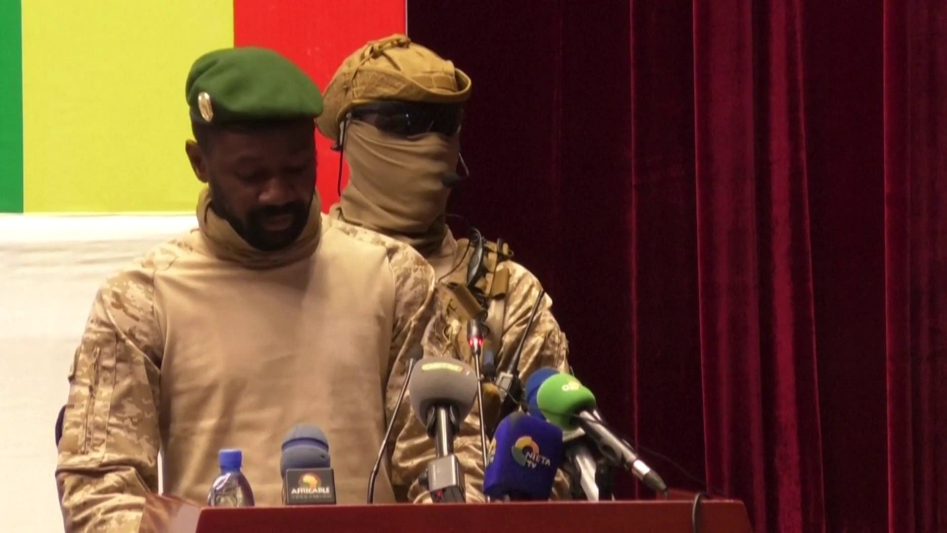 After the coup continues die African Union from Mali's membership
