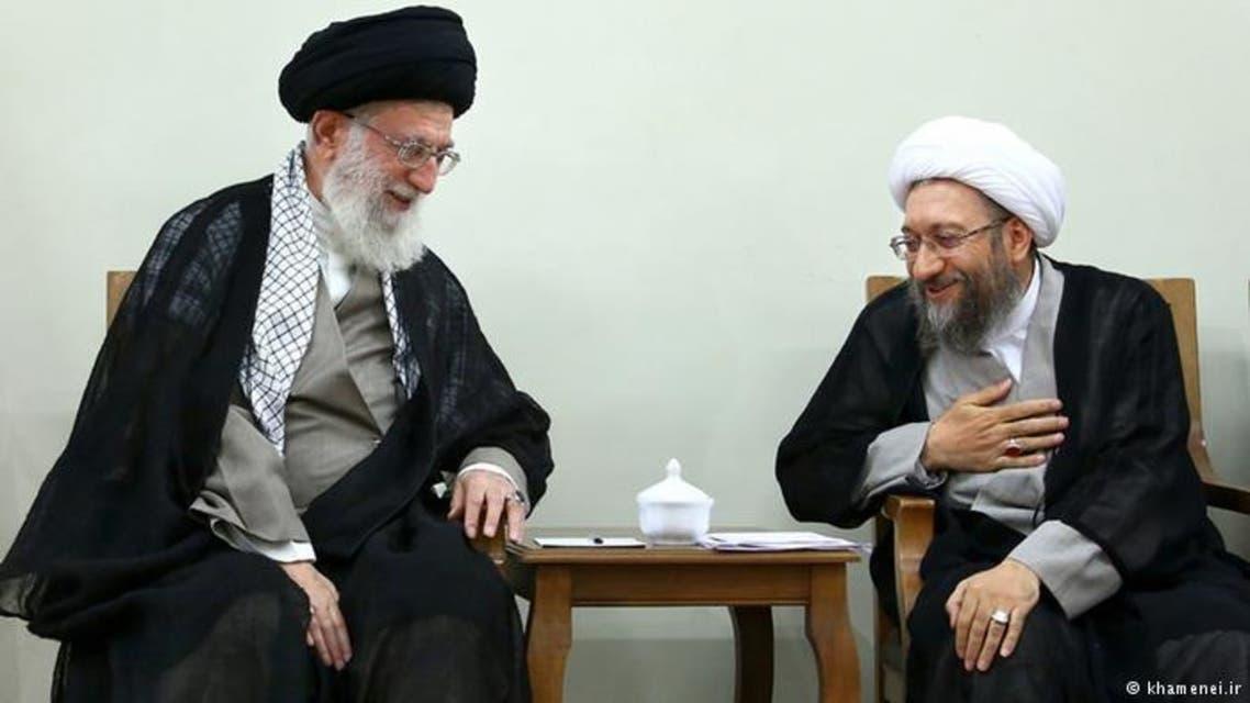 المرشد علي خامنئي مع الرئيس السابق للسطلة القضائية الشيخ صادق لاريجاني