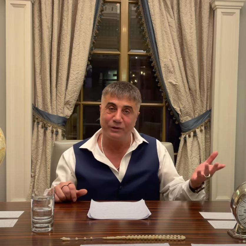 شركاء بالسر.. زعيم المافيا يتهم وزير داخلية تركيا مجددا