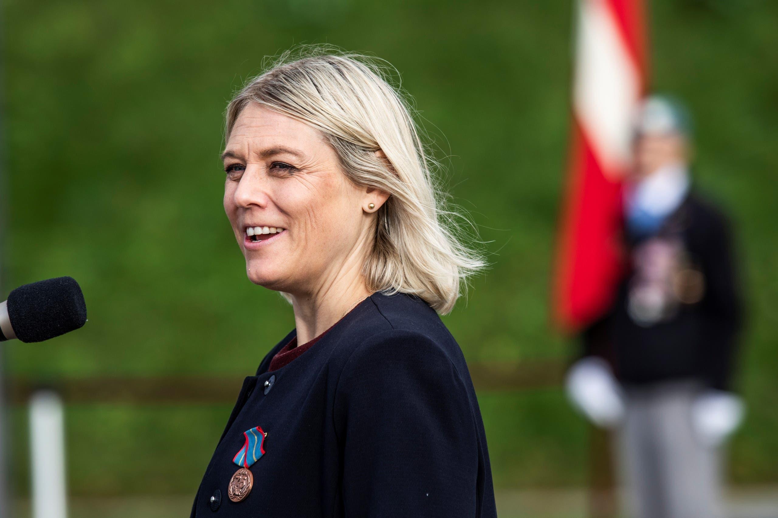 وزيرة الدفاع الدنماركية ترين برامسن