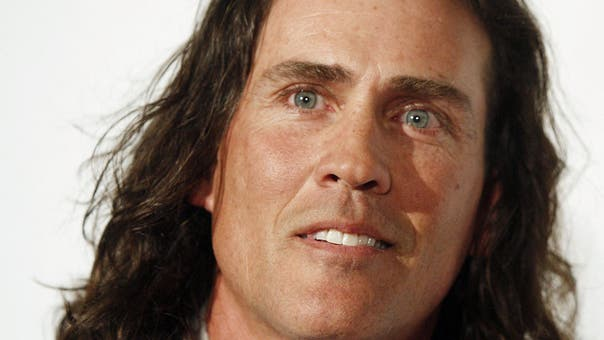 Tarzan actor Joe Lara, wife Gwen killed in US plane crash
