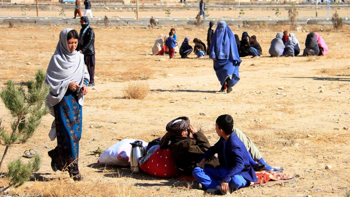 نازحون أفغان بسبب المعارك مع طالبان في 2018 (رويترز)