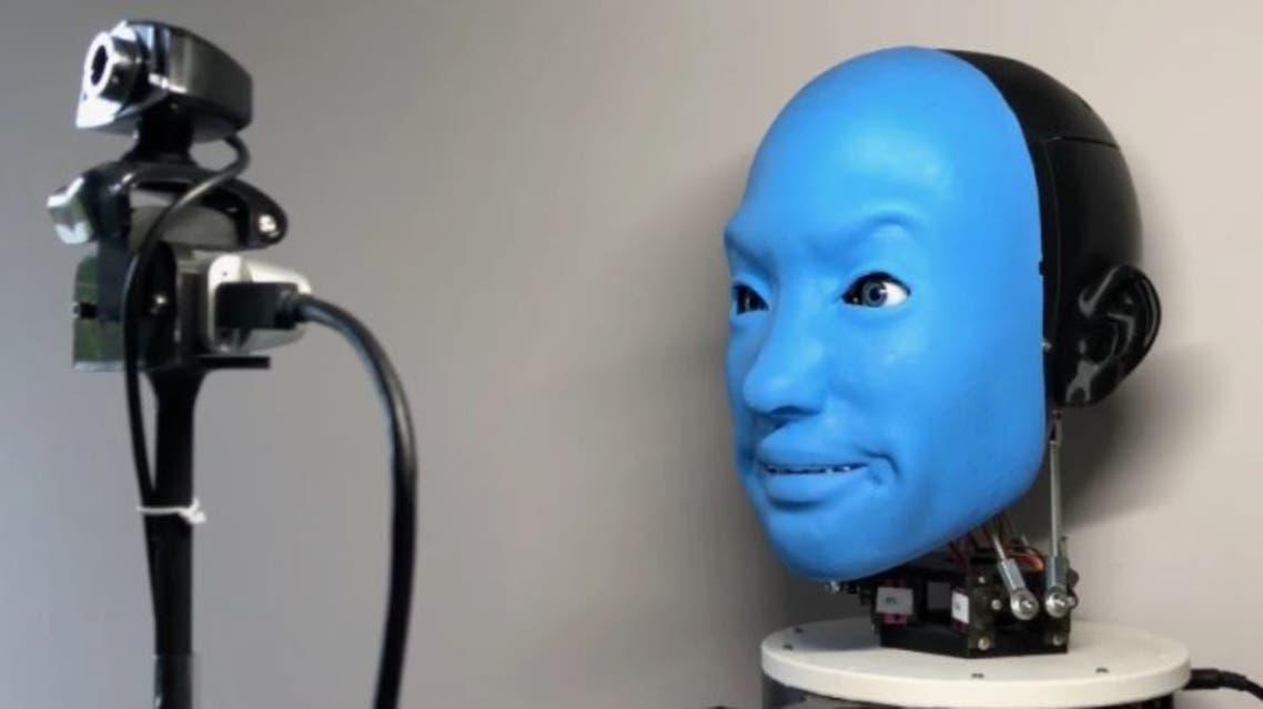 الروبوت إيفا