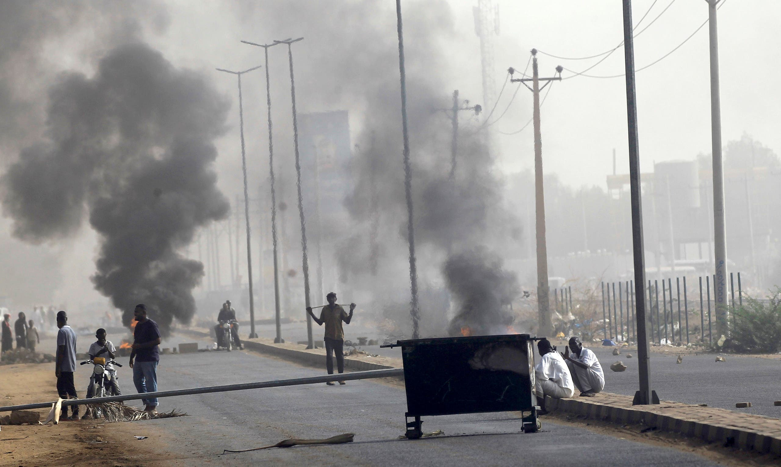 Sudan .. The army locks up die Streets to their headquarters in Khartoum
