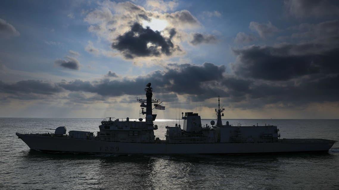 سفينة من الأسطول البحري البريطاني شاركت في مناورة الدرع الهائل