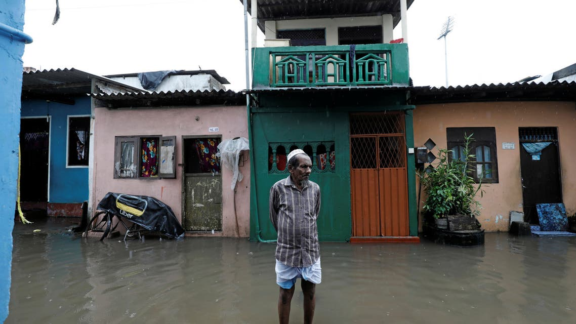 2019-09-A man stands in a flooded road during a wet day in Colombo, Sri Lanka September 25, 2019. (File photo: Reuters)