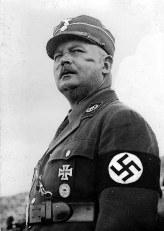 صورة لأرنست روم قائد كتيبة العاصفة