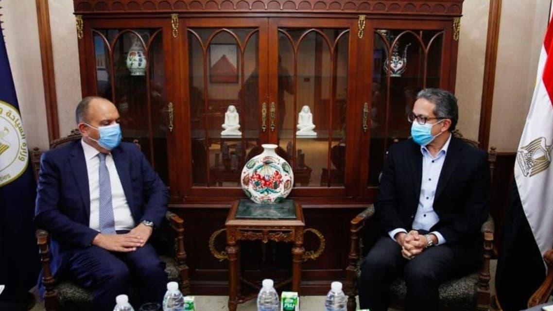 لقاء وزير السياحة المصري وسفير الأردن