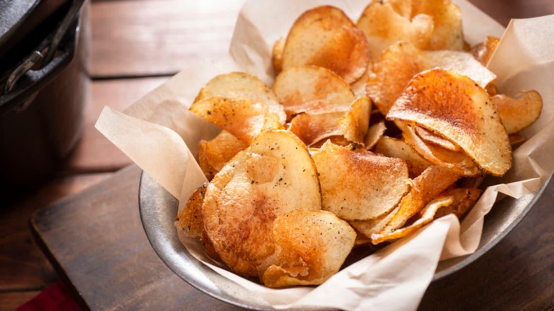 رقائق البطاطا (آيستوك - تعبيرية)
