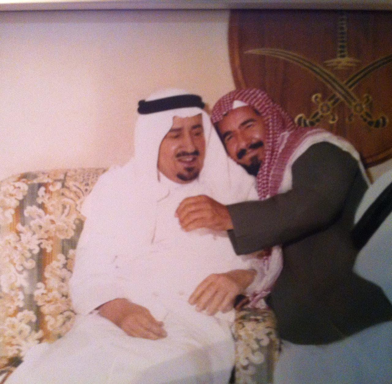 شیخ الشتری شاہ خالد مرحوم کے ہمراہ