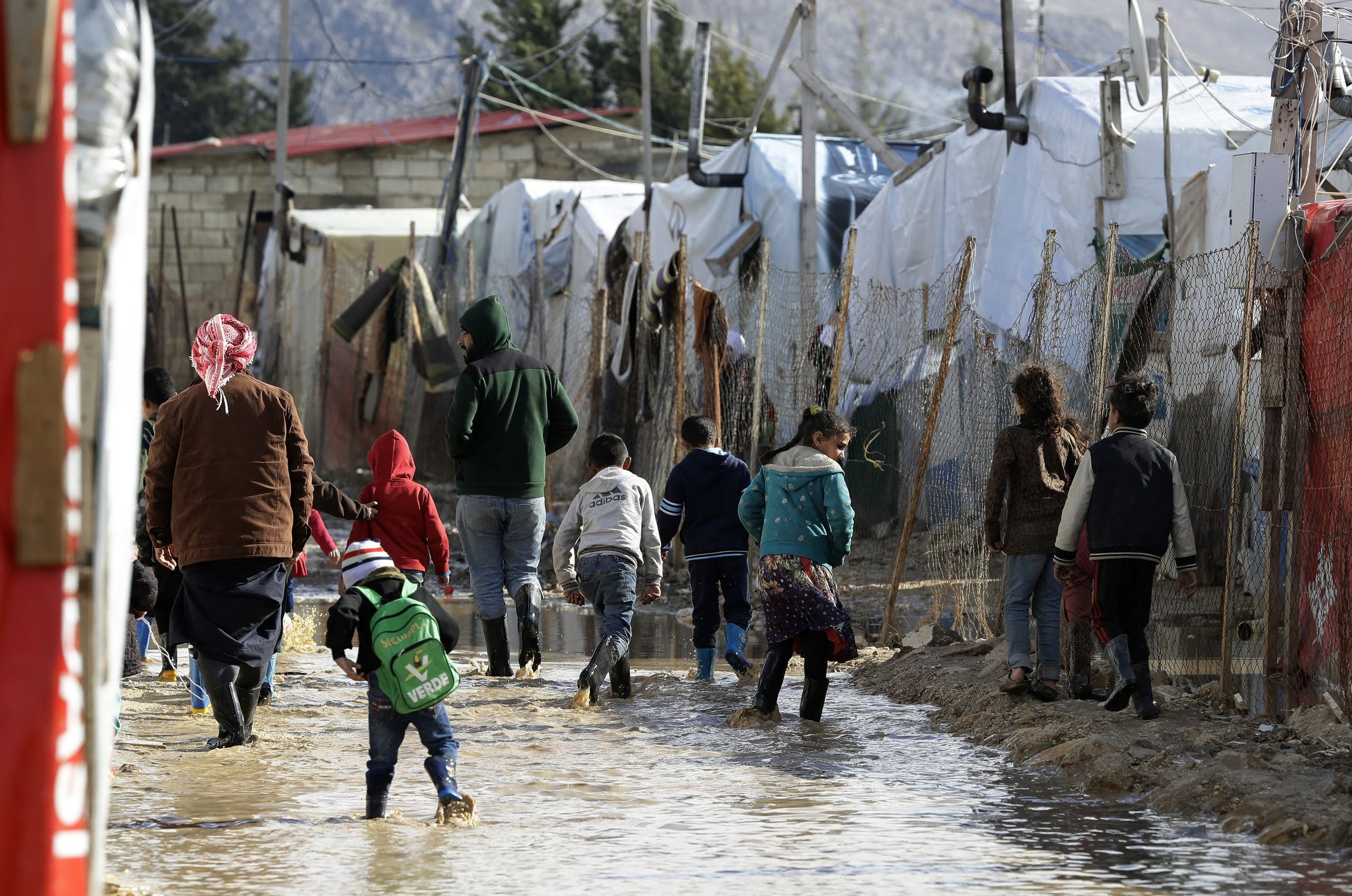 """Lebanon groans under its crises.  Aoun: """"Syrian refugees cannot stay"""""""