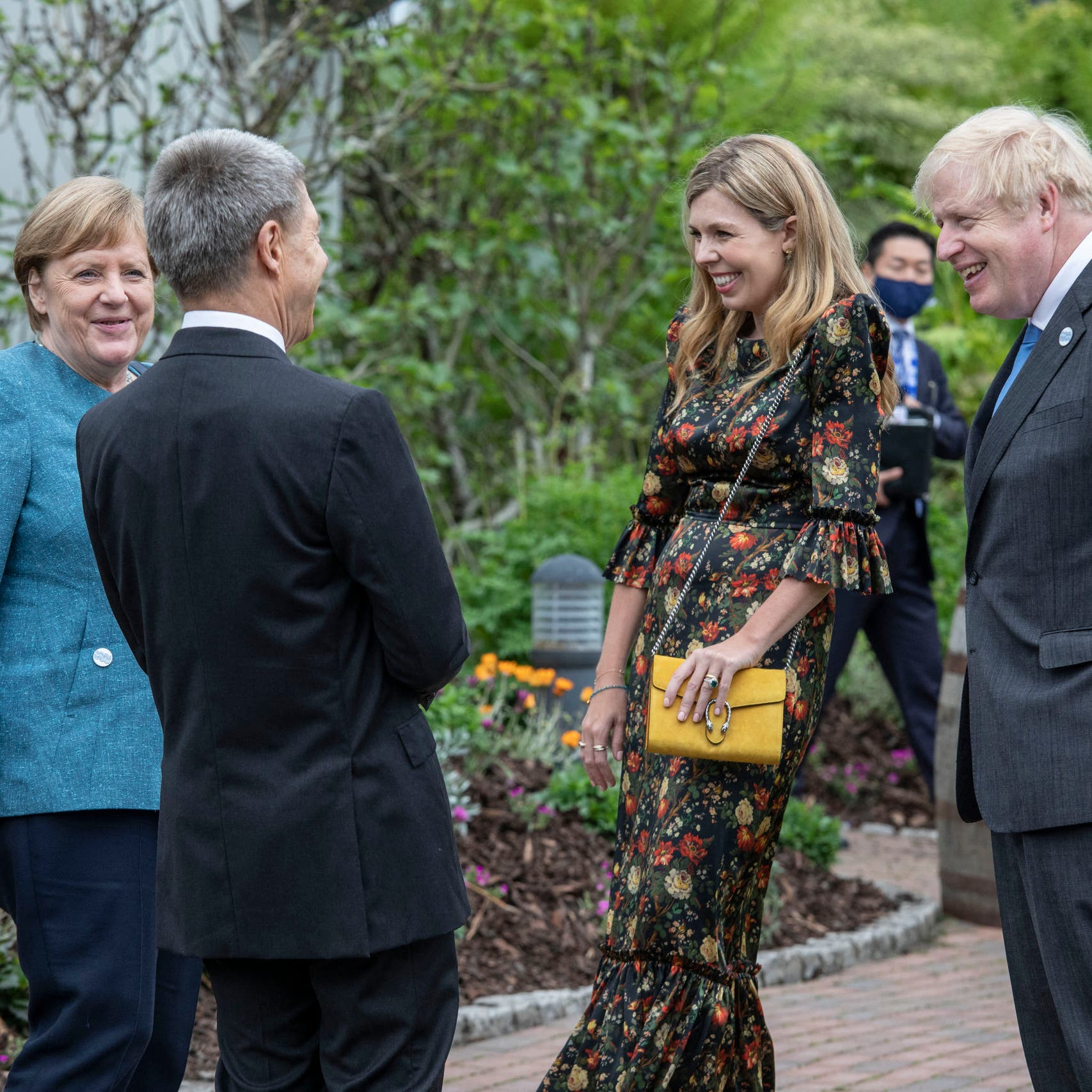 خلف الضحكات والمزاح بقمة السبع.. تهديد مبطن لبريطانيا