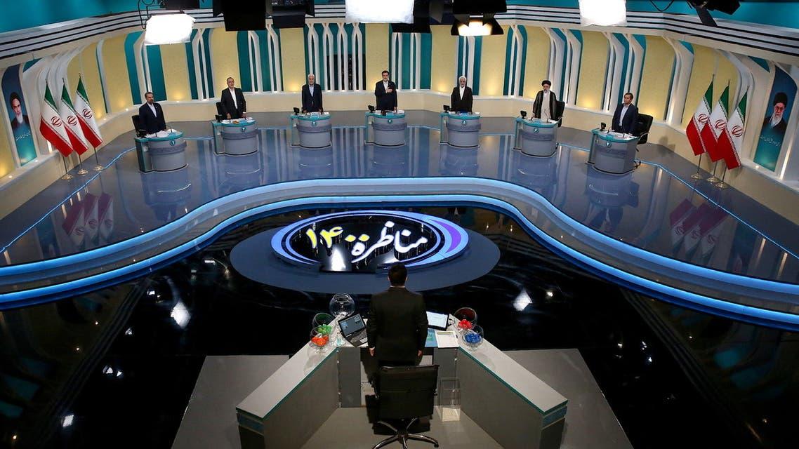 المناظرة الثانية حول قضايا ثقافية واجتماعية وسياسية  (رويترز)