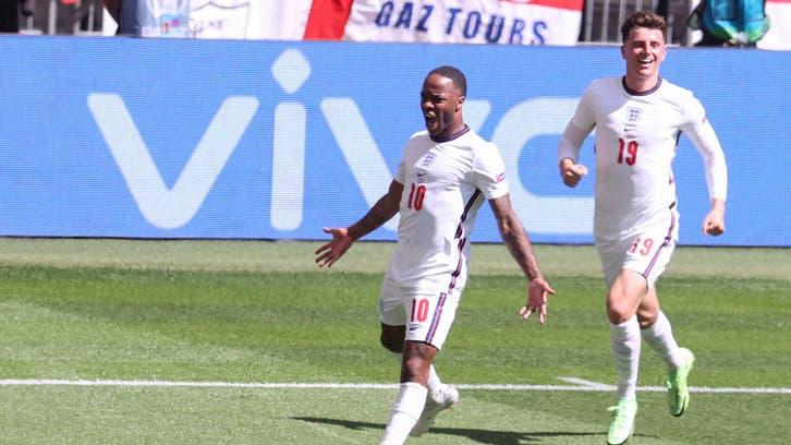 ستيرلنغ سعيد بأول أهدافه مع إنجلترا في بطولة كبرى