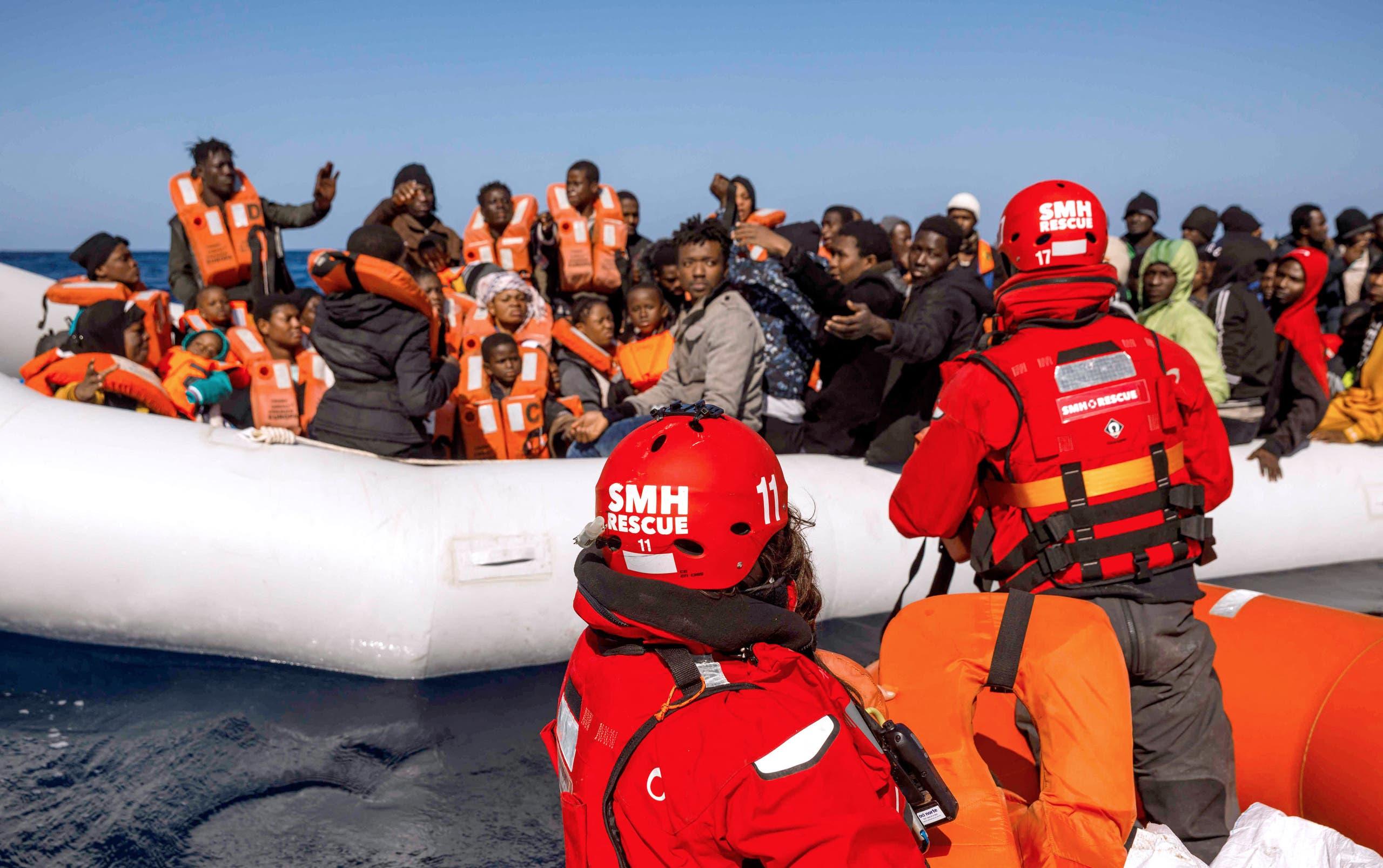 إنقاذ مهاجرين في البحر المتوسط (أرشيفية)