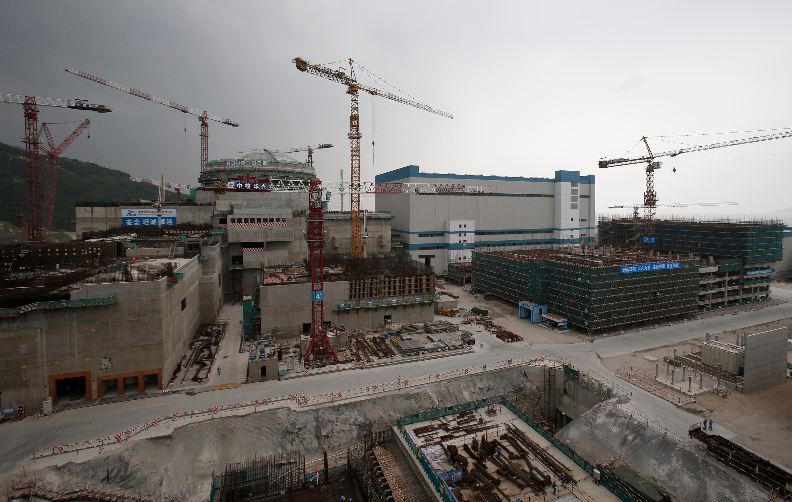 From the construction process of Taishan Railway Station (archive)