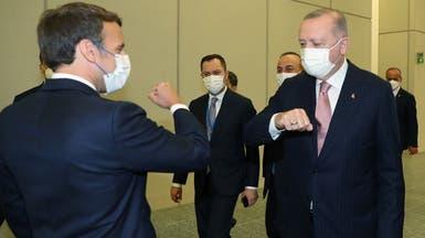 """ماكرون يبحث مع أردوغان """"التعاون في سوريا وليبيا"""""""