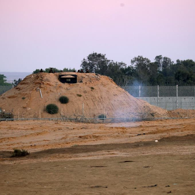إسرائيل تطلق قنابل غاز عند السياج الحدودي مع غزة