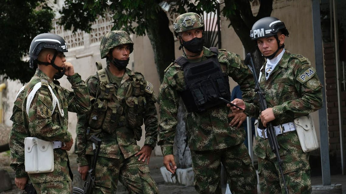 Soldiers stand guard near a military base where a car bomb exploded in Cucuta, Colombia, Tuesday, June 15, 2021. Colombian authorities still have not confirmed how many were injured in the explosion. (File photo: The Associated Press)